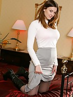 guys wearing sexy nylon stockings
